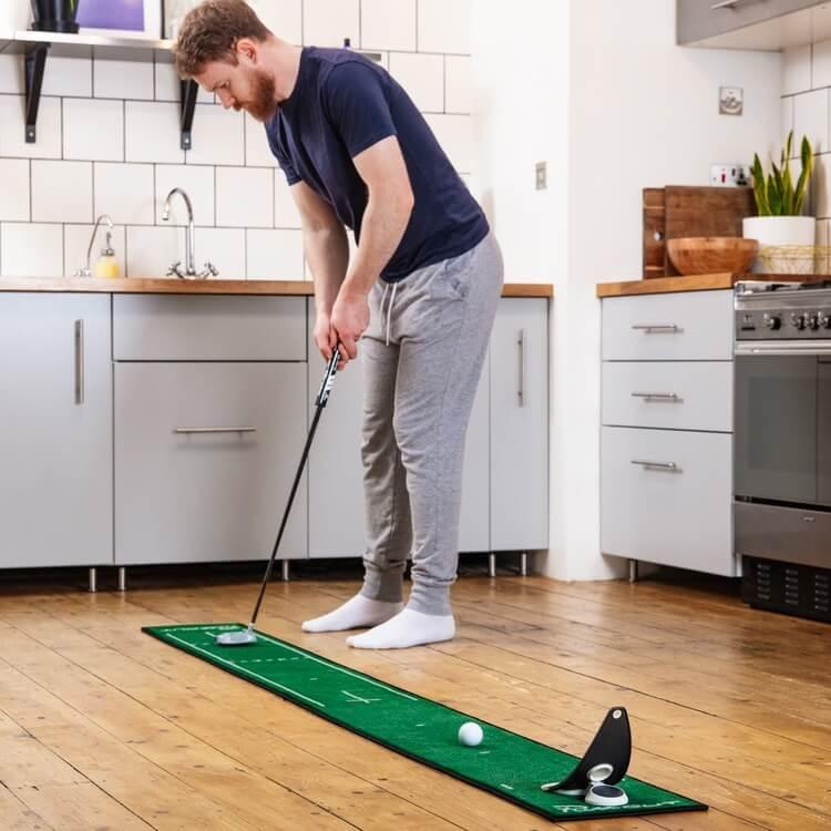 PuttOUT Slim Pro Putting Mat Green Golfer Male