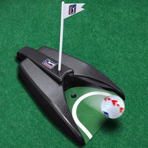 PGA TOUR Auto Putt Returner with Guideball Lifestyle