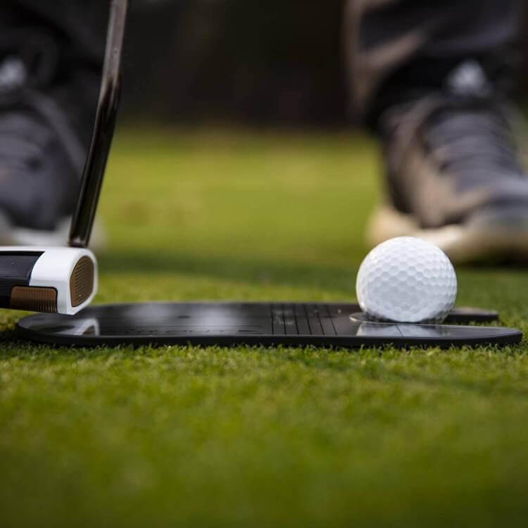 PuttOUT Compact Mirror Side Grass Golfer