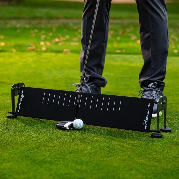 PuttOUT Alignment Sticks and Gates Sticks Golf Course Side